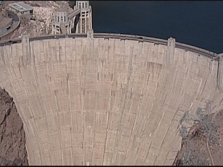 UPDATE: Body of Hoover Dam swimmer recovered