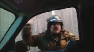 Man flips off cop, cited improper hand signal