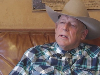 Cliven Bundy arrested, occupiers to surrender