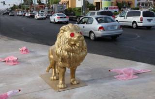 Lion stolen, alligators vandalized