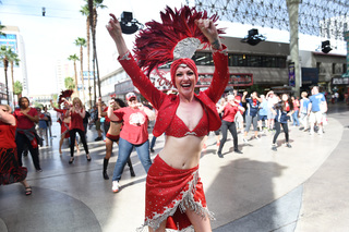 Tourists surprised by flash mob on Fremont St.