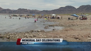 Locals head to Lake Mead for holiday