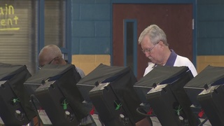 Las Vegas voters head to polls for Nev. primary