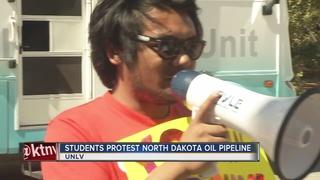 UNLV students protest Dakota oil pipeline
