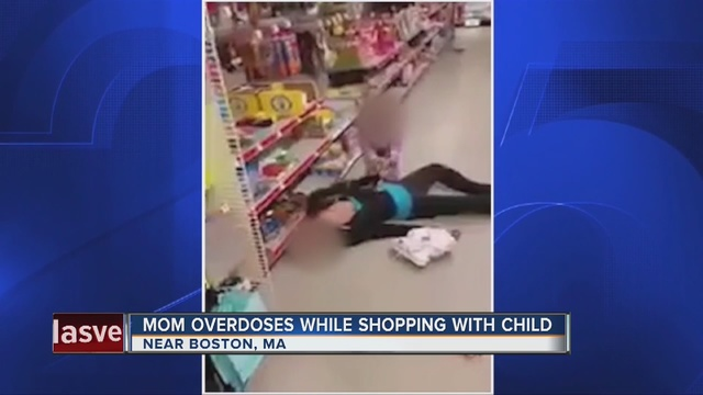 Caught on tape: Mom overdoses next to toddler inside Family Dollar store