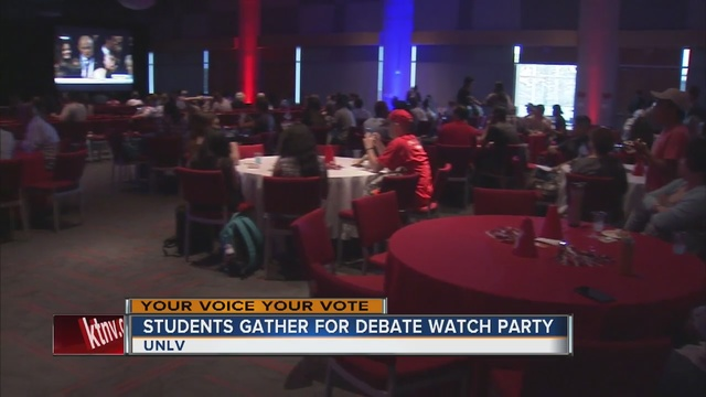 UNLV students gather for debate watch party