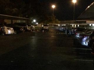 2 people shot in leg in northwest Las Vegas