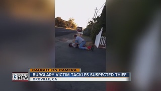 WATCH: Man tackles thief to the ground