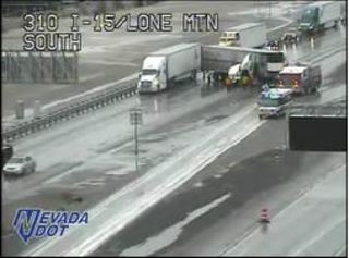 Jackknifed semi blocks northbound I-15 lanes