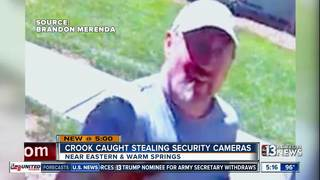 Security cams capture face of man who stole them