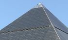 Why is the Luxor pyramid in Las Vegas dirty?