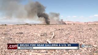 Brush fire burns near Galleria and U.S. 95