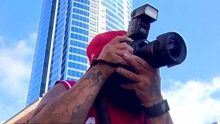 Photographer helping Vegas shooting victims heal