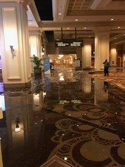 Water leak causes flooding at Mandalay Bay