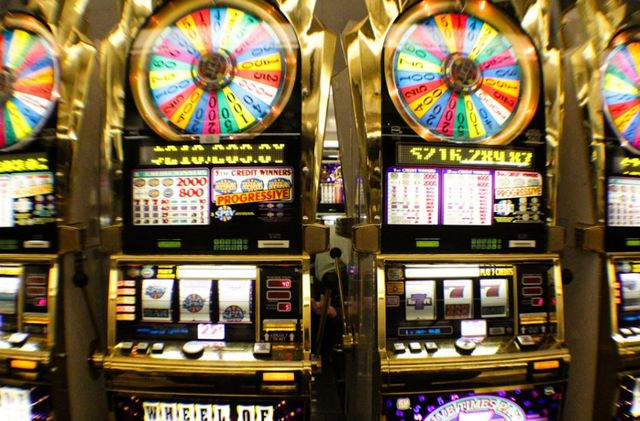 Vegas slot payouts 2016 meuble tv roulette industriel