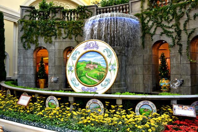 Summer At Las Vegas Bellagio Conservatory U0026 Botanical Gardens 2017