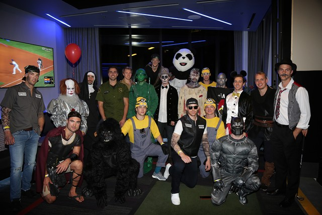 Golden Knights celebrate Halloween with Pennywise, Minions, and a ...