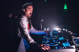 Steve Aoki to get wax figure at Madame Tussauds