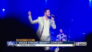 Vegas headliners perform #VegasStrong concert