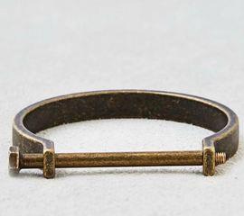 American Eagle stops selling bracelet