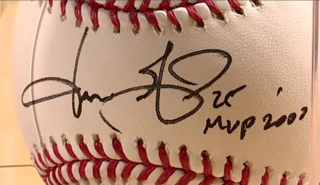 How to know if autographed memorabilia is real