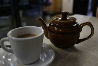 Hot tea drinkers could get throat cancer