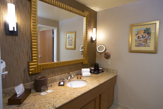 Delicieux South Point Hotel Casino Remodeling Guest Rooms   KTNV.com Las Vegas