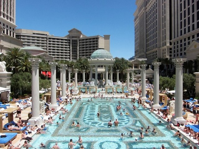 Pool Season Getting Underway In Las Vegas Las Vegas