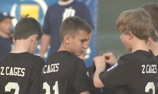 Little League honors 1 October first responders