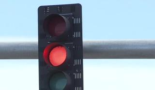 Red light frustrations near S. Jones, 215