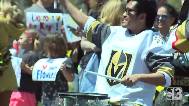 Fans rally as Golden Knights head to Los Angeles for playoff game