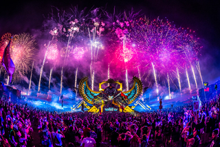 Stats: 33 arrested on day one of EDC