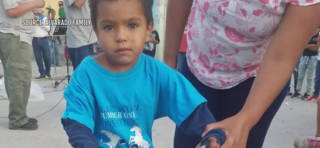 Couple delivers backpacks to kids in Mexico