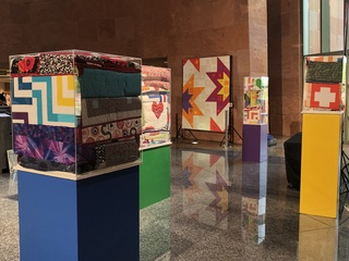 Quilts for Vegas exhibit honors 1 Oct. victims