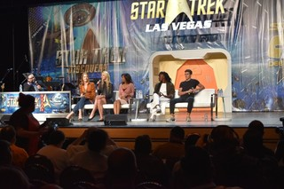 PHOTOS: 2018 Star Trek Convention in Las Vegas