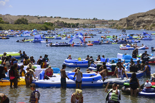 Laughlin River Regatta: Greatest Float on Earth