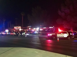 Vegas police shoot at burglary suspect