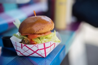 Connecting foodies and food trucks through app