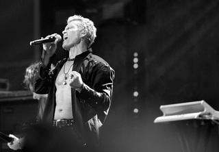 Billy Idol returning for Las Vegas residency