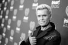 Woman sues Billy Idol for Vegas incident