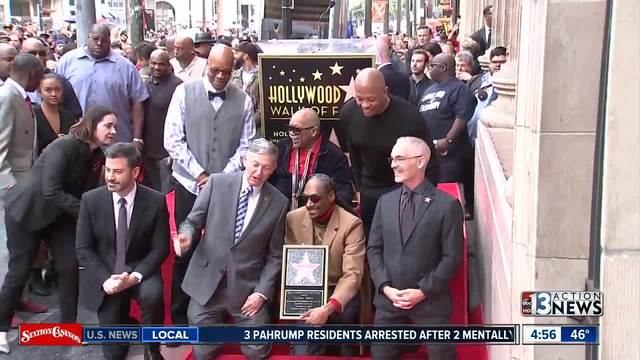 Snoop Dogg thanks himself after receiving star